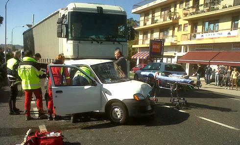 camionista ubriaco provoca tamponamento a catena oggi