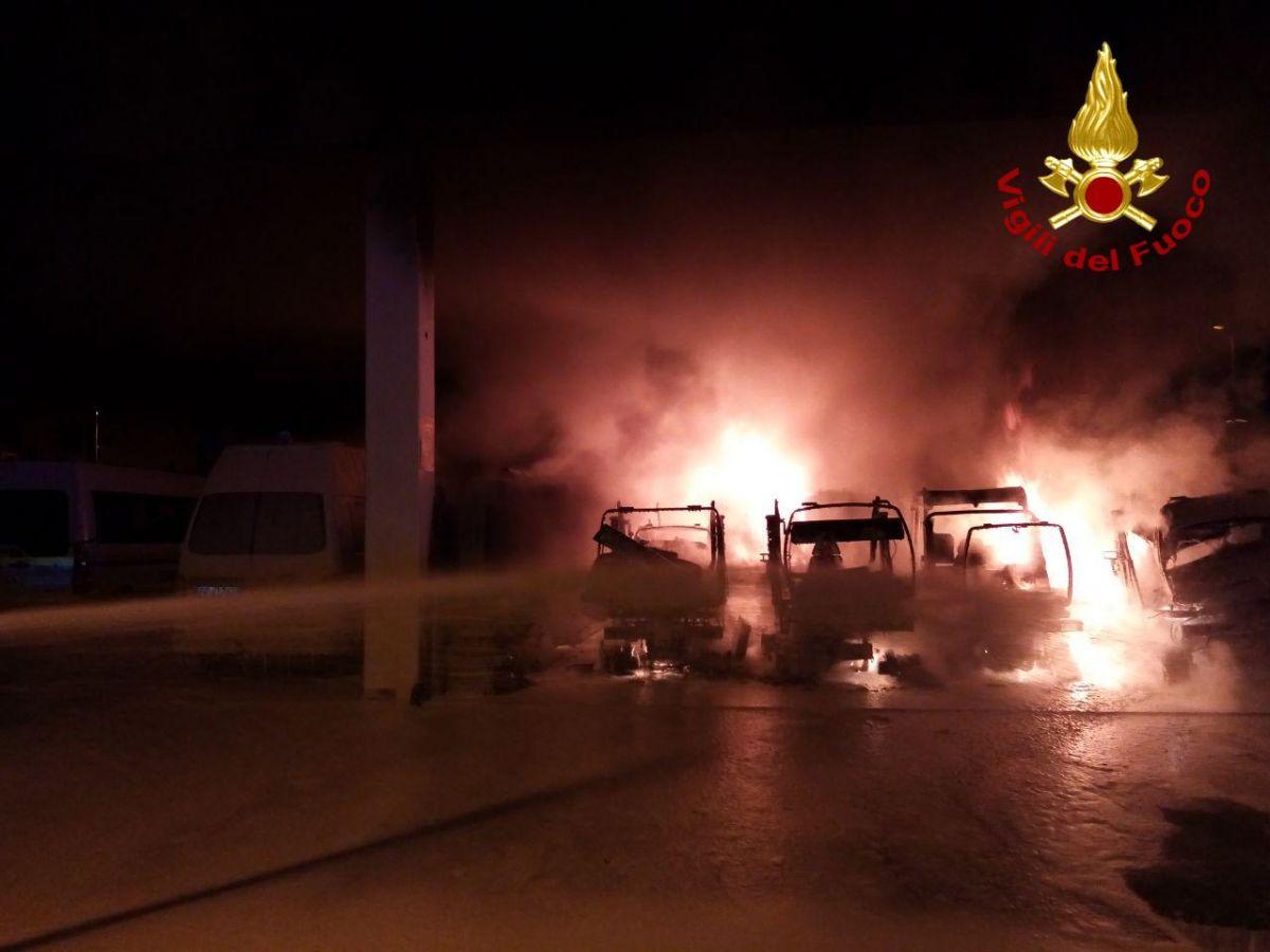 Treviso, incendio alla sede di Contarina   Oggi Treviso ...