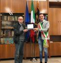 Guido De Rosso con il sindaco Perencin