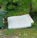 Vittorio Veneto, 25 scarichi abusivi di rifiuti in una settimana: