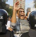 Cairo, scontri sotto il palazzo presidenziale