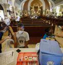Filippine, le chiese diventano centri vaccinali