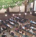 La prima serata del cinema all'aperto in Abbazia ha registrato il sold-out