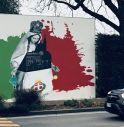il nuovo murale di fronte alla basilica