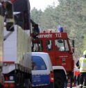 Scuolabus finisce fuori strada, 2 bambini morti e 20 feriti