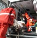 Auto medica ha un incidente mentre soccorre dei feriti