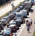 Traffico intenso e incidenti nella prima domenica di agosto