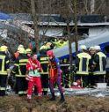 Scontro tra treni in Baviera, almeno 8 morti e 90 feriti
