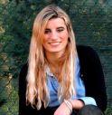Ragazza di 17 anni si uccide gettandosi dal nono piano