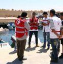 Migranti, un altro naufragio al largo della Libia: almeno 37 morti