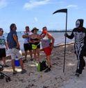 Spiaggia in Messico chiusa per Covid, turisti cacciati... dalla morte
