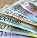 Sottrae alle moglie 90mila euro, denuniciato marito e 5 bancari