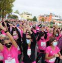 Spettacolo rosa a San Vendemiano con le oltre 1600 donne della Corri in rosa