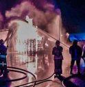 Vasto incendio a Brugnera, devastato un deposito di vernici