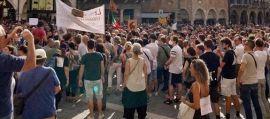 Manifestazione no vax in piazza a Treviso
