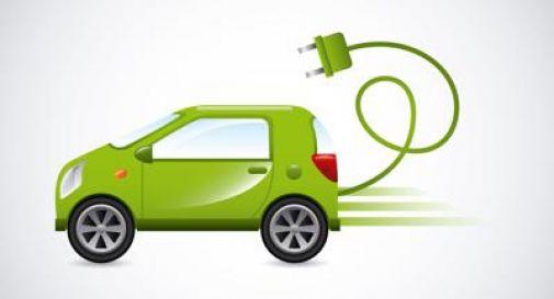 Auto elettrica, vendite raddoppiate in Ue.