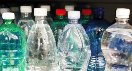 Via le bottiglie di plastica in 6 mesi, Gse punta al consumo responsabile.