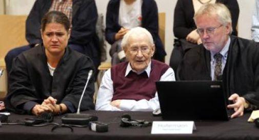 4 anni di reclusione all'ex contabile di Auschwitz