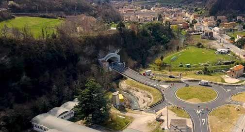 Percorrere il traforo di Vittorio Veneto in bici? Non si può