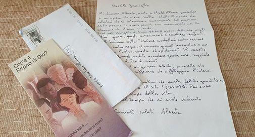Con il covid i Testimoni di Geova abbandonano le visite porta a porta e optano per telefonate e lettere