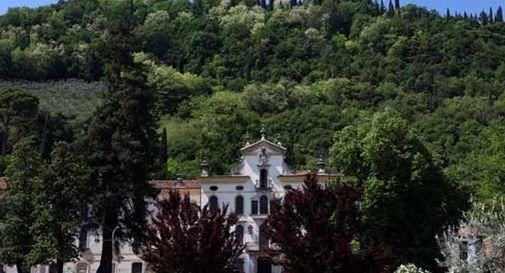 Vittorio Veneto, i cestini di Parco Padadopoli trasformati in discariche