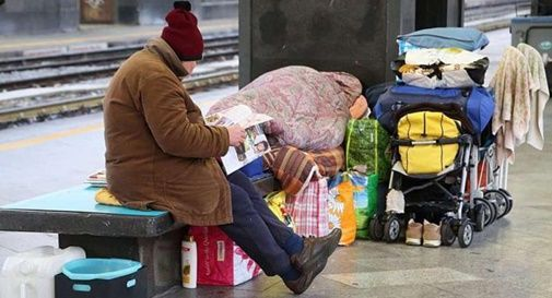 Foto di repertorio - povertà