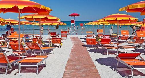 Estate 2021, riaperture e regole in spiaggia