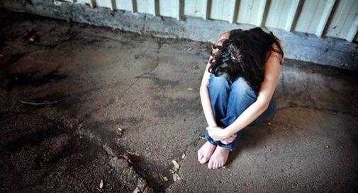 Accusato di violenza su due 13enni, arrestato operaio