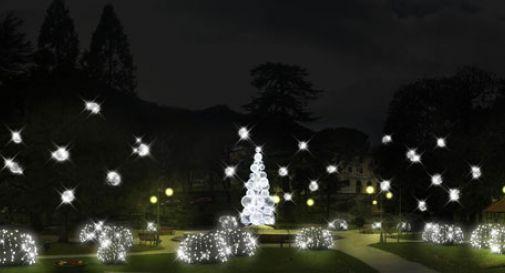 Natale a Vittorio Veneto, in piazza del Popolo piste per il pattinaggio e per gli slittini
