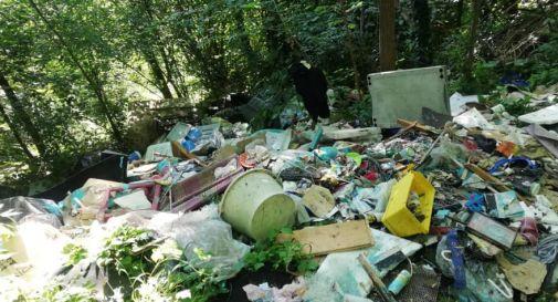 Pieve di Soligo, scoperta una discarica abusiva di rifiuti