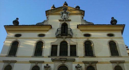 Perplessità sul passaggio di Villa Papadopoli al Cesana: