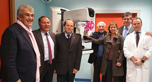 Donato all'Ulss7 un mammografo 3D