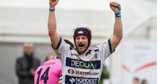Matteo Vizzotto esulta per la vittoria