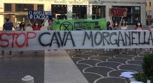 sit-in stop Cava Morganella