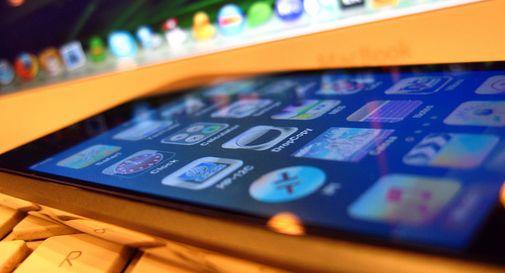 Al mercato, cloni perfetti di iPhone: due denunce