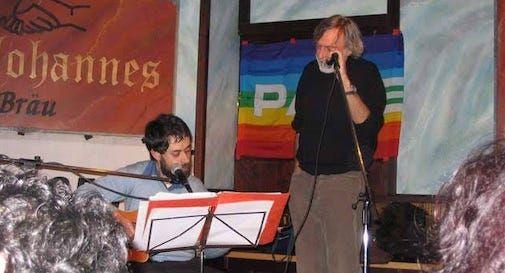 Il cantautore Alberto Cantone e Gino Strada