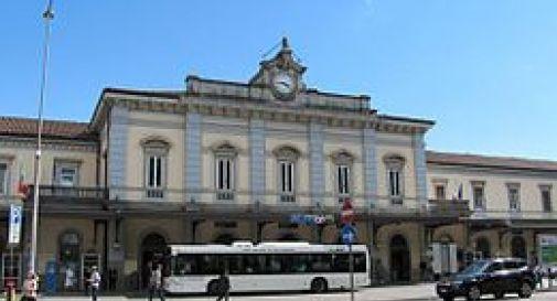 16enne trovata morta nel bagno della stazione, shock a Udine