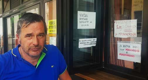 """Vittorio Veneto, il bar """"Peccato Divino"""" multato per assembramento: """"Ingiusto, faccio ricorso"""""""