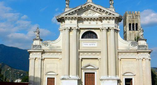 Vittorio Veneto, video con bestemmie e insulti in chiesa: identificato l'autore