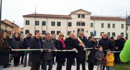 Inaugurata la nuova piazza Meschio