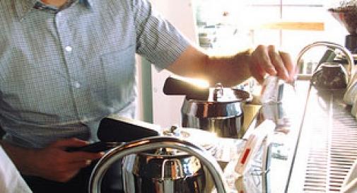 Al bar del Comune in borghese: multa per caffè senza scontrino