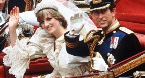 35 anni fa il matrimonio tra Carlo e Diana, ma gli inglesi non ne parlano