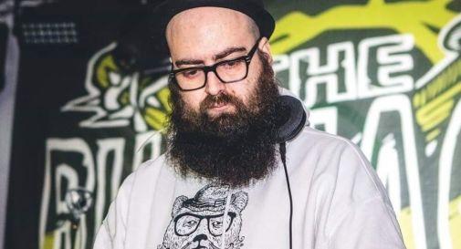 Malore fatale per il noto dj Luca Casalucci, è morto a 39 anni. Addio ...