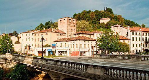 Il centro di Conegliano si svuota di negozi e residenti: