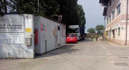 Ancora fiamme al Centro Risorse