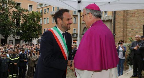 Migliaia di persone e Treviso bloccata per il nuovo vescovo Tomasi