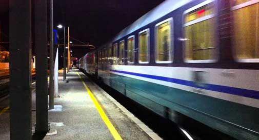 Tragedia sfiorata a Conegliano, donna investita dal treno