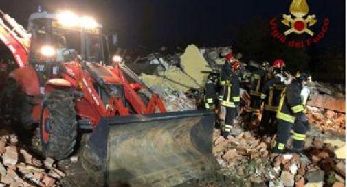 Esplode cascinale: morti tre vigili del fuoco