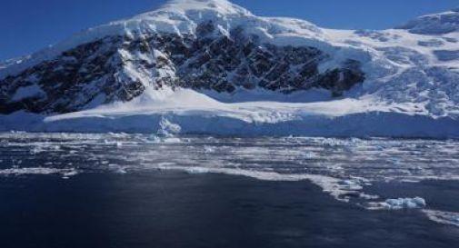 Allarme dai satelliti, ghiacciai in Antartide stanno crollando