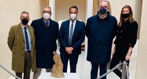 La famiglia Bruno Botter con assessore Lavinia Preti e sindaco Mario Conte